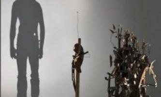 Дивовижні скульптури з тіней і світла