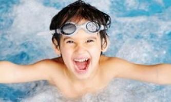 Уроки плавання для дітей