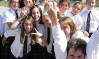 У бразилии за школярами стежитимуть за допомогою мікрочіпів