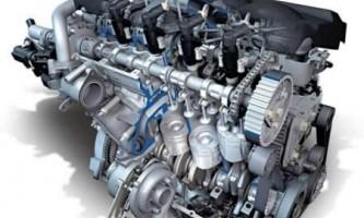 У чому відмінність двотактного мотора від чотиритактного?