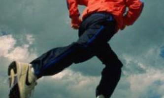 В теорії людина може бігати зі швидкістю 64 км / год
