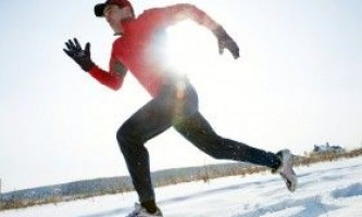 Заняття фізкультурою взимку на вулиці