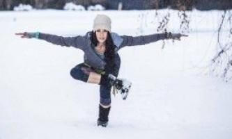 Заняття йогою взимку