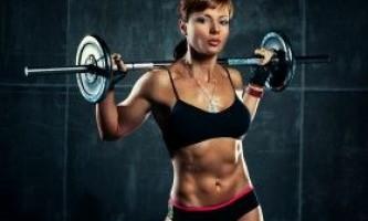 Жінка зі штангою: тренування і вправи